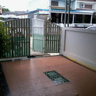 '' House For Rent Phuket''  ทาวเฮ้าส์ชั้นเดียวให้เช่า 7,000 บาท หมู่บ้านทรายทอง ซอยนาใหญ่ หลังวัดฉลอง ภูเก็ต รูปที่ 1