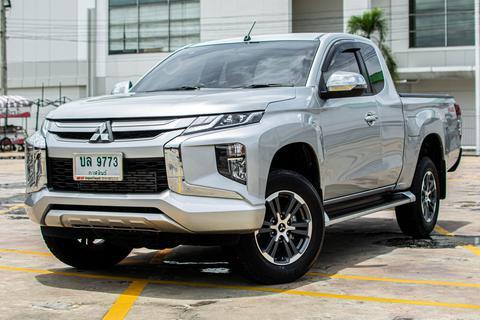 !!! วิ่ง 7,900 เท่านั้น ส่งรถถึงหน้าบ้านทั่วประเทศไทย !!! Mitsubishi Triton 2.4 GLS CAB (NEW) Plus ดีเซล รูปที่ 1