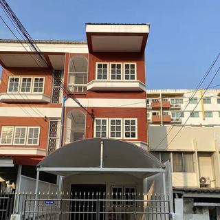 ✅ ให้เช่า ทาวน์โฮม 3 ชั้น ลาดพร้าว ซอย 29 ไกล้ MRT ขนาด 26 ตรว ✅ รูปที่ 1