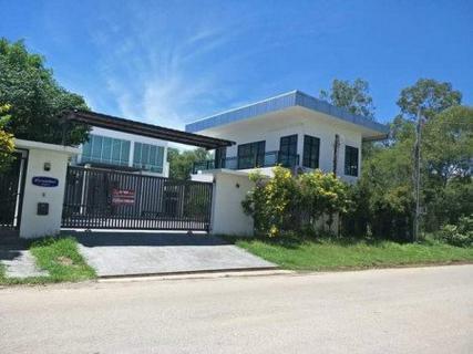 ขาย บ้านเดี่ยว บ้านพร้อมที่ดิน มีสระว่ายน้ำ บนที่ดิน 349.5 ตรว. รูปที่ 1