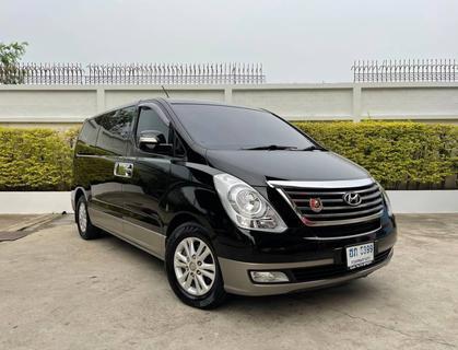 82 Hyundai H1 2.5 Deluxe 2012 สีดำ เครื่องดีเซล รูปที่ 3