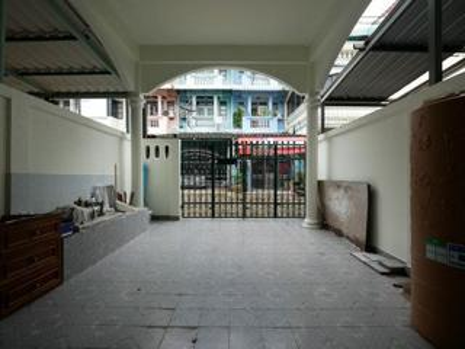 A22-026 ด่วนขายบ้านทาวน์เฮ้าส์ 2 ชั้น ในซอยเพชรเกษม 19 ปิดประกาศ รูปที่ 1