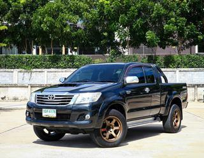 Toyota Hilux Vigo 2.5 Cab E Prerunner ปี 2014 สีดำ AT รูปที่ 1