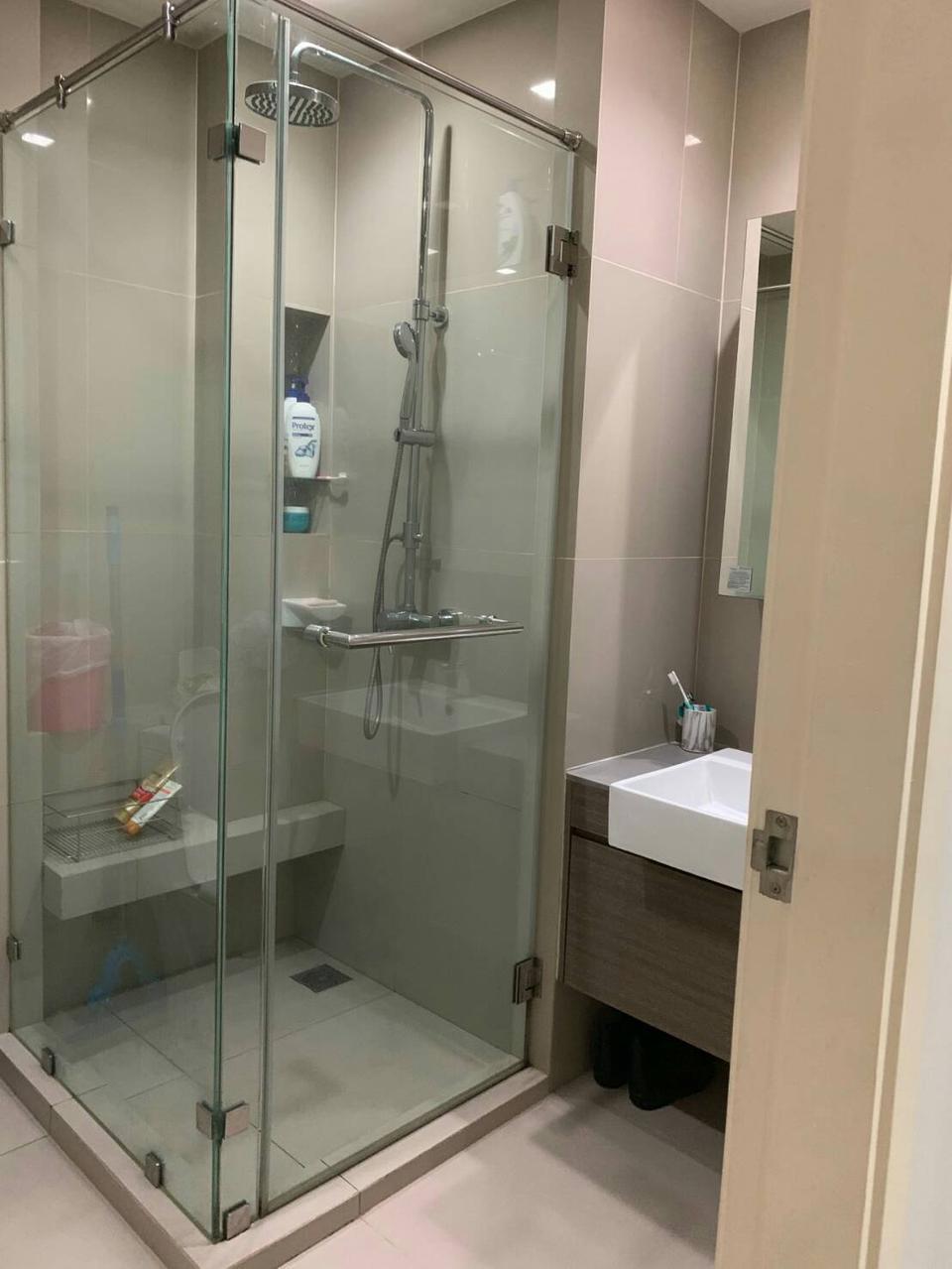For rent  Quinn Condominium รูปที่ 3