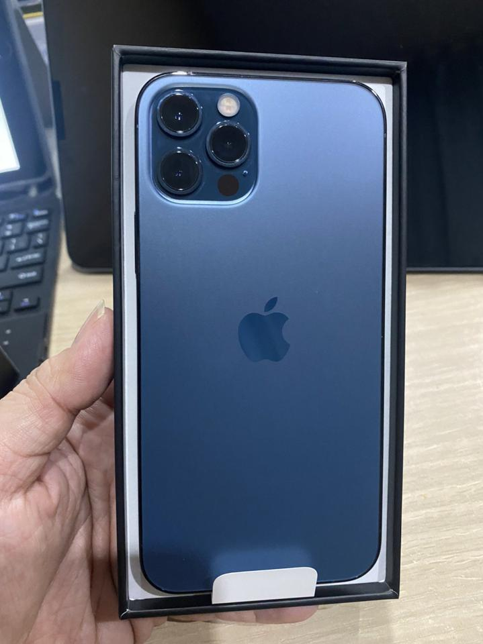 Iphone 12 Pro 128GB เครื่องใหม่ ศูนย์ไืทยสี Pacific Blue รูปที่ 3