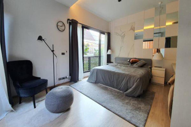 For Rent Modern Loft Townhome 2 Storeys in Sukhumvit 49 28sqw. near BTS Thonglor รูปที่ 1