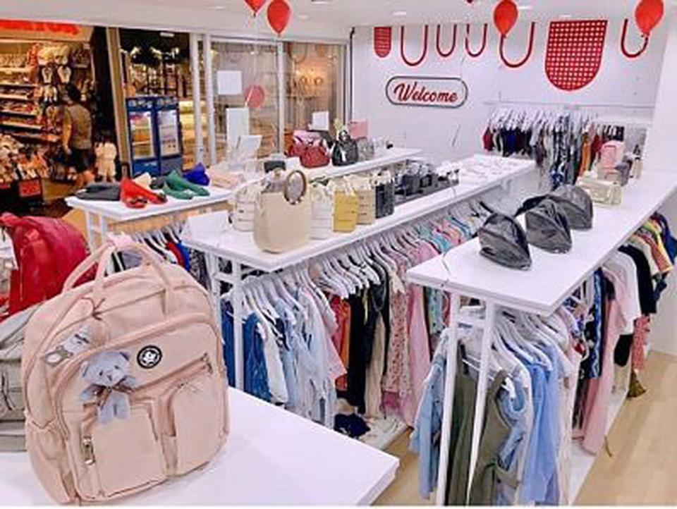 Sell & Lease Business Fashion shop In the shopping mall Very รูปที่ 3