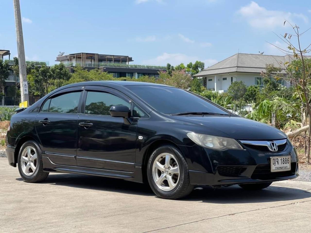 59 Honda Civic 1.8 S MNC (FD) ปี 2009 สีดำ  เกียร์ออโต้ รูปที่ 3