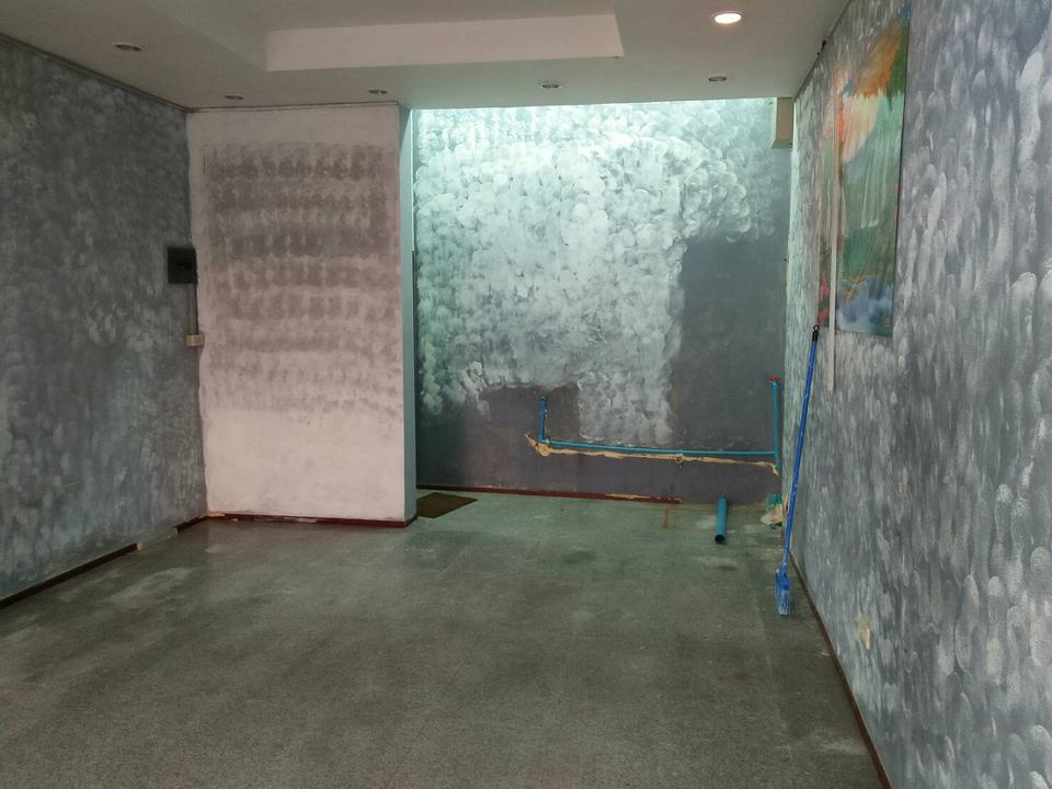Rent small space area40sqm.  for trade and business Udomsuk  space 1st floor  for business need to renovation  รูปที่ 1
