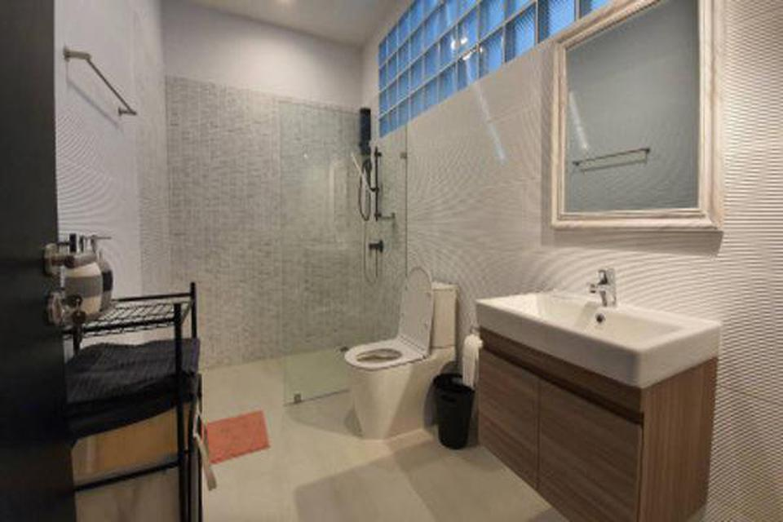 For Rent Modern Loft Townhome 2 Storeys in Sukhumvit 49 28sqw. near BTS Thonglor รูปที่ 2