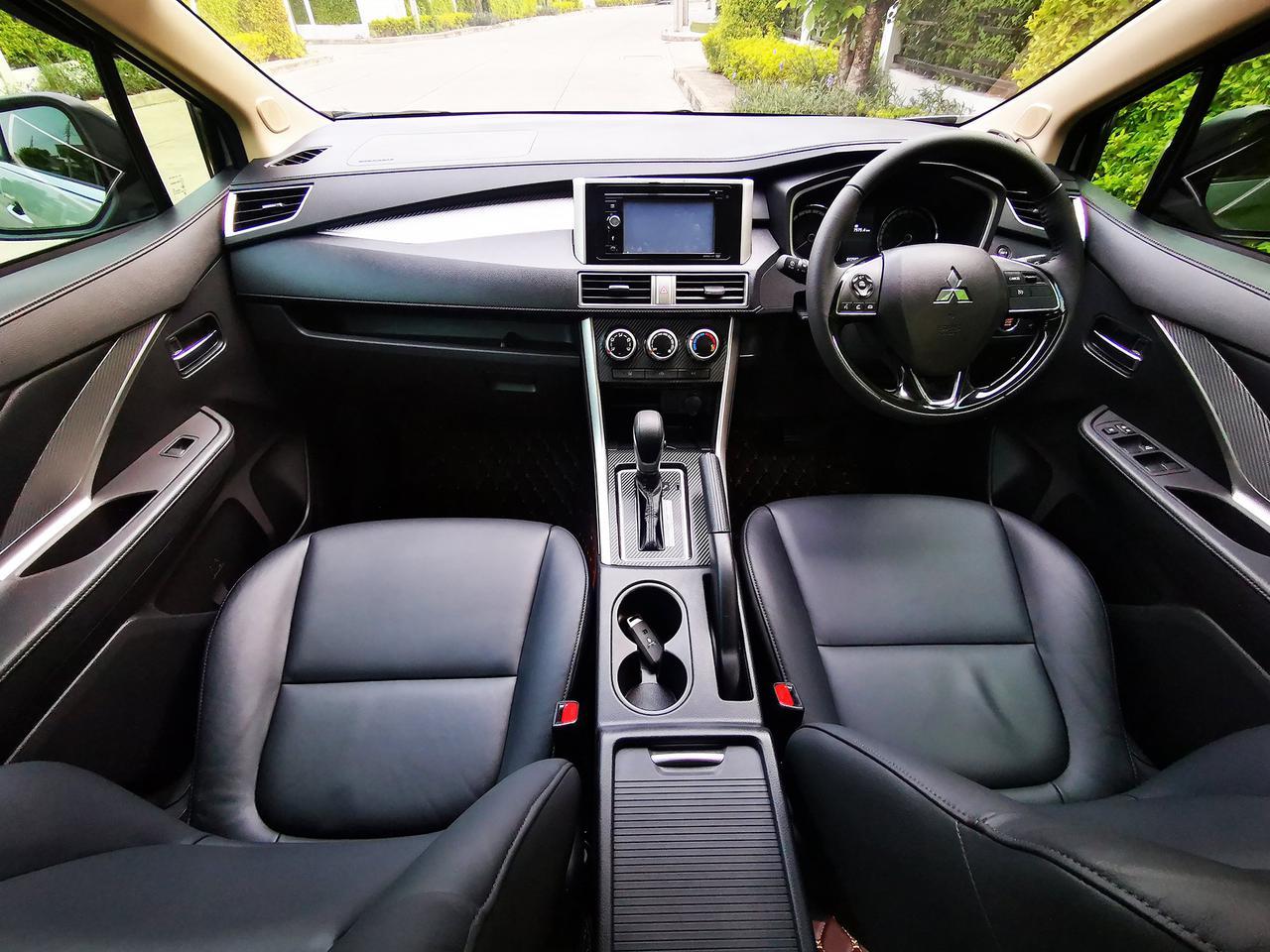 ขาย รถมือสอง สภาพป้ายแดง Mitsubishi Xpander รุ่นท๊อปสุด ไมล์แท้ 10,000 กม. เข้าศูนย์ตลอด รูปที่ 4