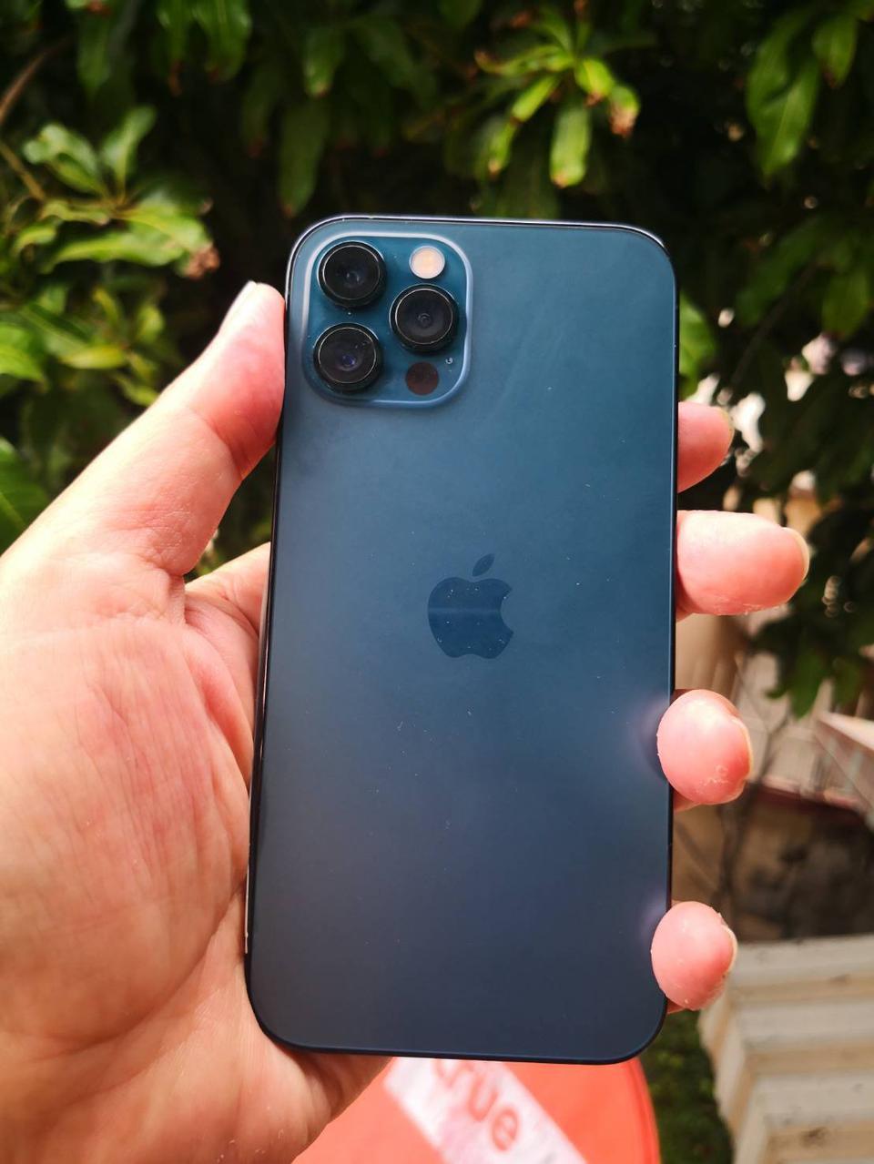 รับซื้อมือถือ iPhone ทุกรุ่น  ติดรหัสหน้าจอติดคราว เราก็รับไว้เป็นอะไหล่ รูปที่ 1