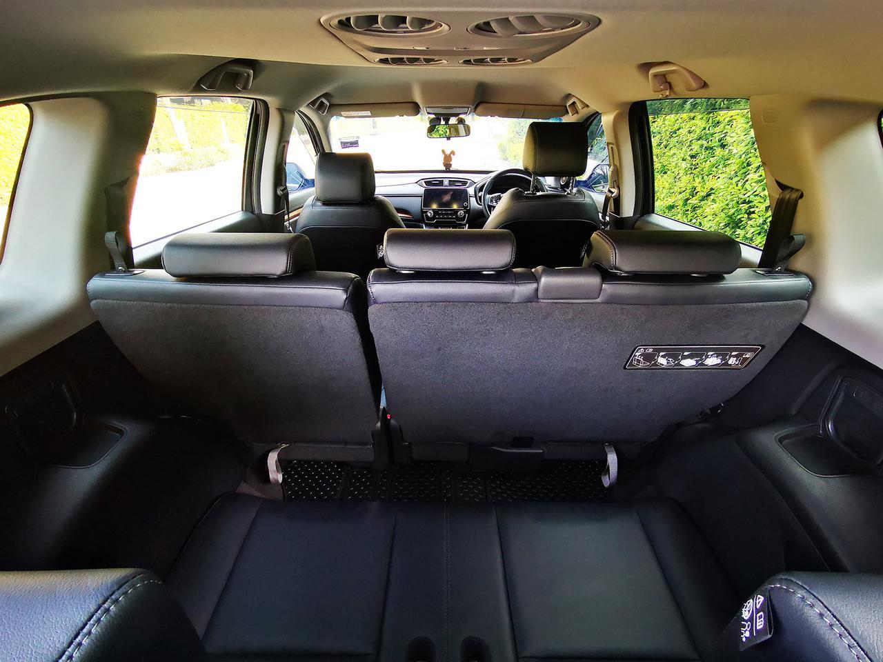 ขายรถ Honda CR-V 1.6 EL ปี 2019 สีดำ รุ่นท๊อปสุด เครื่องยนต์ดีเซล 4WD มือเดียว สภาพป้ายแดง รูปที่ 6