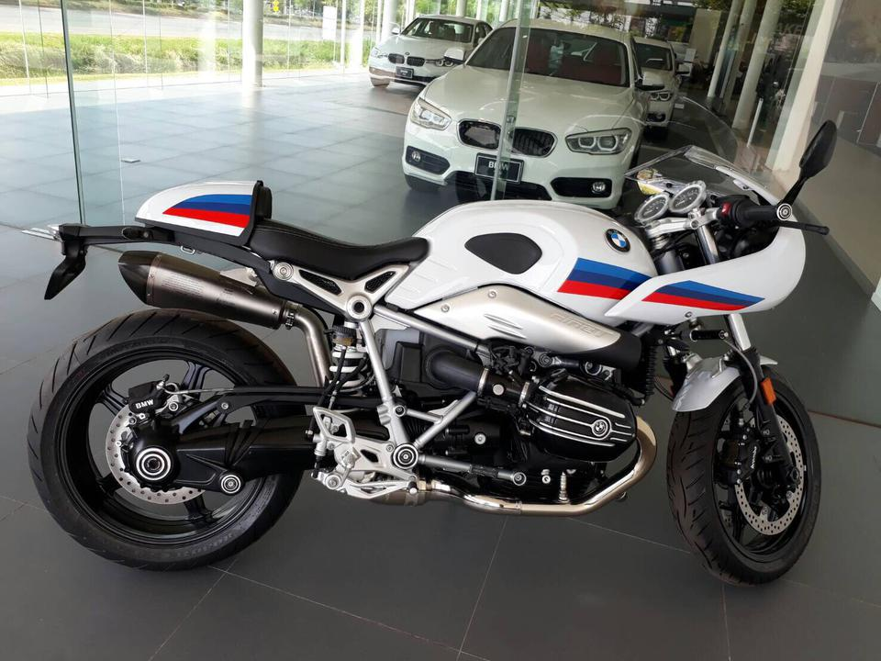 ขาย BMW รุ่น R nine T Racer รูปที่ 2