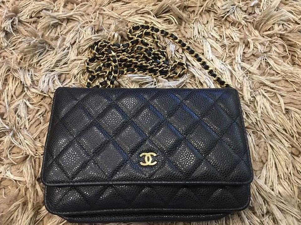 new chanel black caviar sarah wallet รูปที่ 5