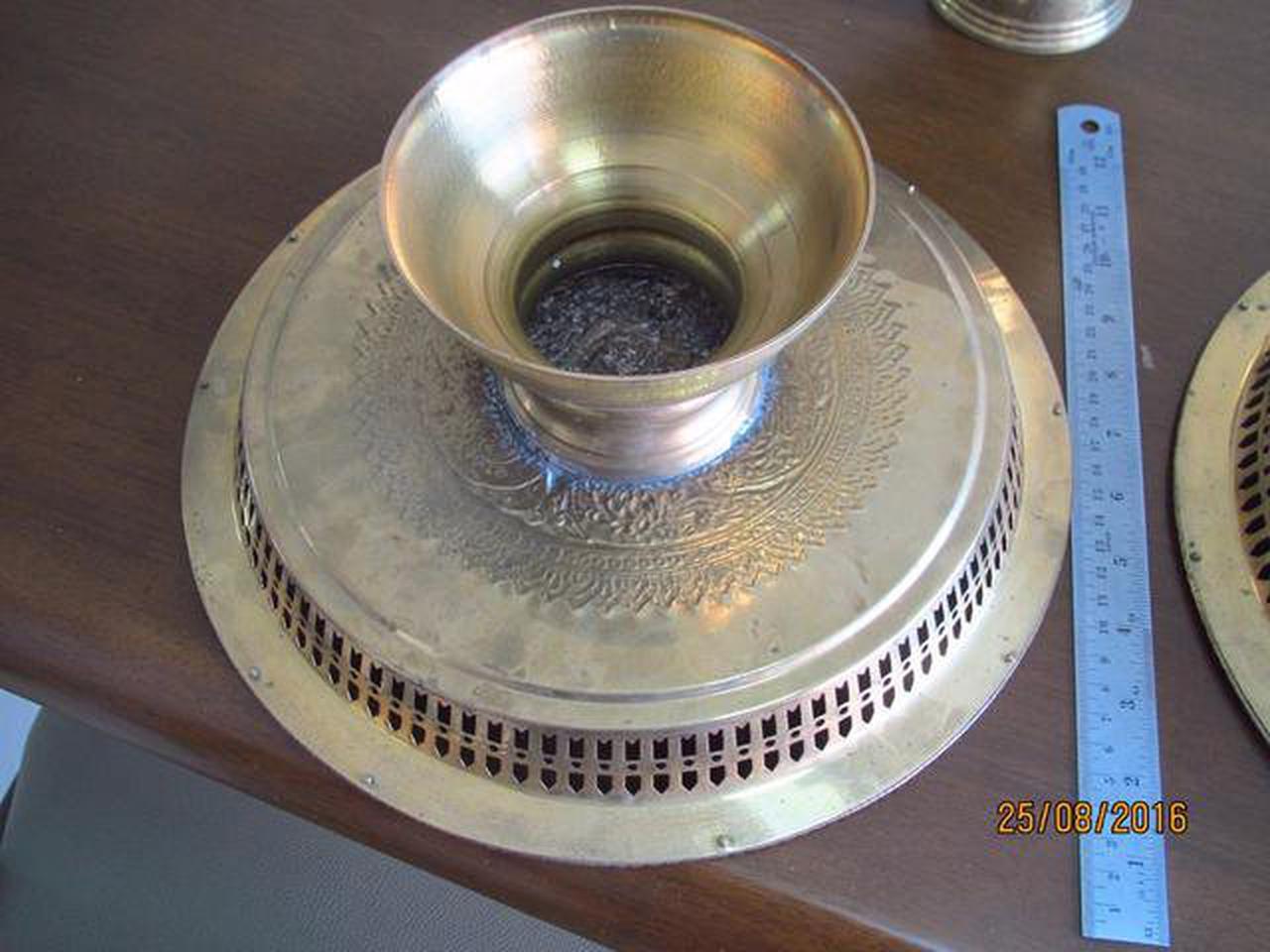3787 เครื้องใช้ชุดทองเหลืองลาย เทพพนม มี ขัน พาน ทับพี ถาดสู รูปที่ 2