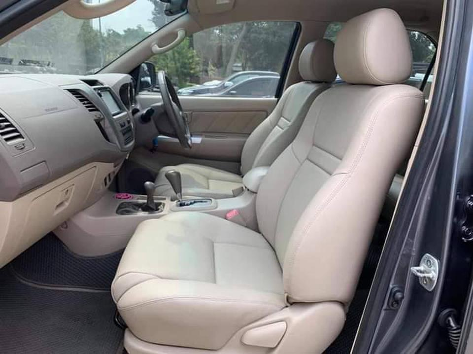 Toyota Fortuner 3.0V 4WD A/T ปี2005 รูปที่ 4