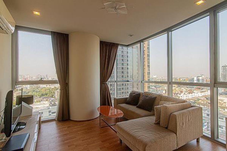 For rent Le Luk condominium Sukhumvit  near BTS Phra Khanong 1 bed 55 sqm. รูปที่ 3