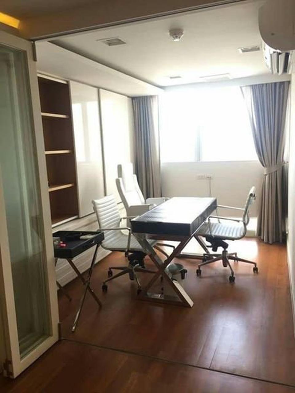 For rent  Tai Ping Towers Condominium รูปที่ 2