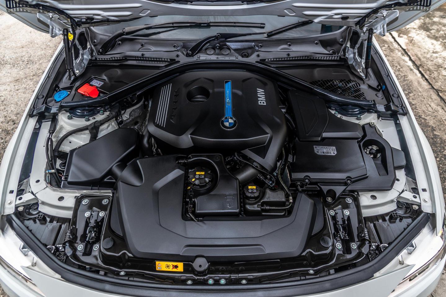BMW All New Series3(F30) 330e M Sport Plug In Hybrid.2018 รูปที่ 6