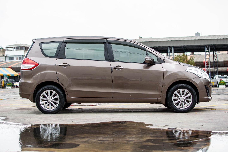 ปี 2013 SUZUKI ERTIGA 1.4 GX WAGON SUV 7ที่นั่ง รูปที่ 2