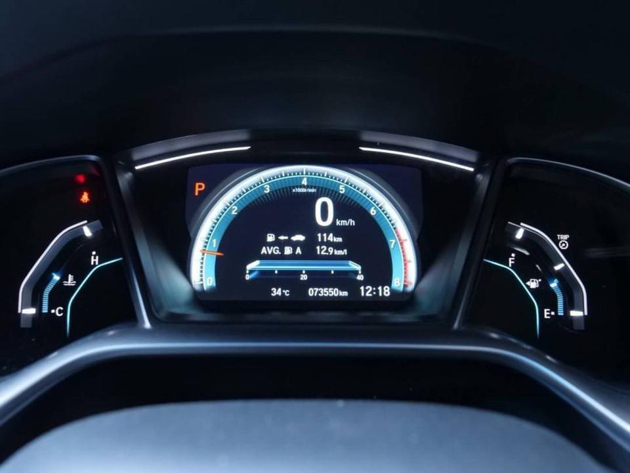 86 Honda Civic FC 1.8 EL Top 2018 Auto สีแดง รูปที่ 4