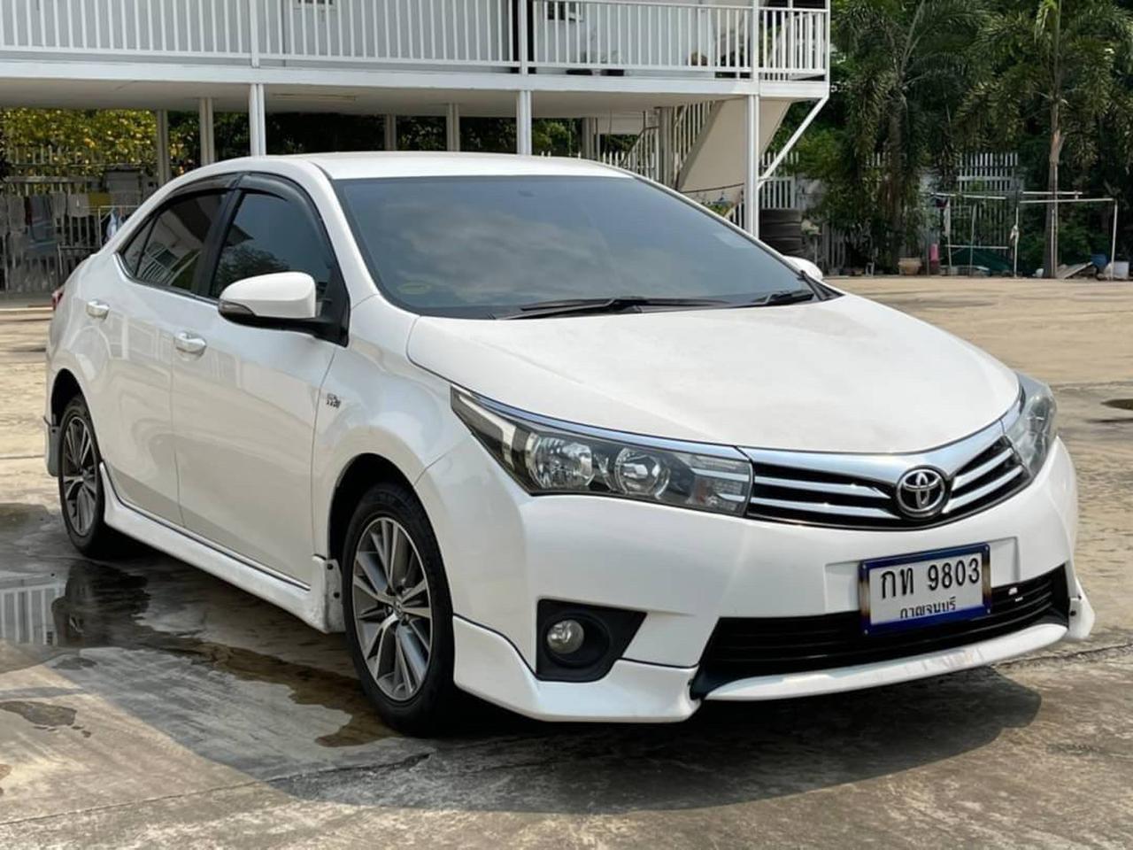 62 Toyota Altis 1.6 E (CNG) ปี 2014 สีขาว เกียร์ออโต้ รูปที่ 2