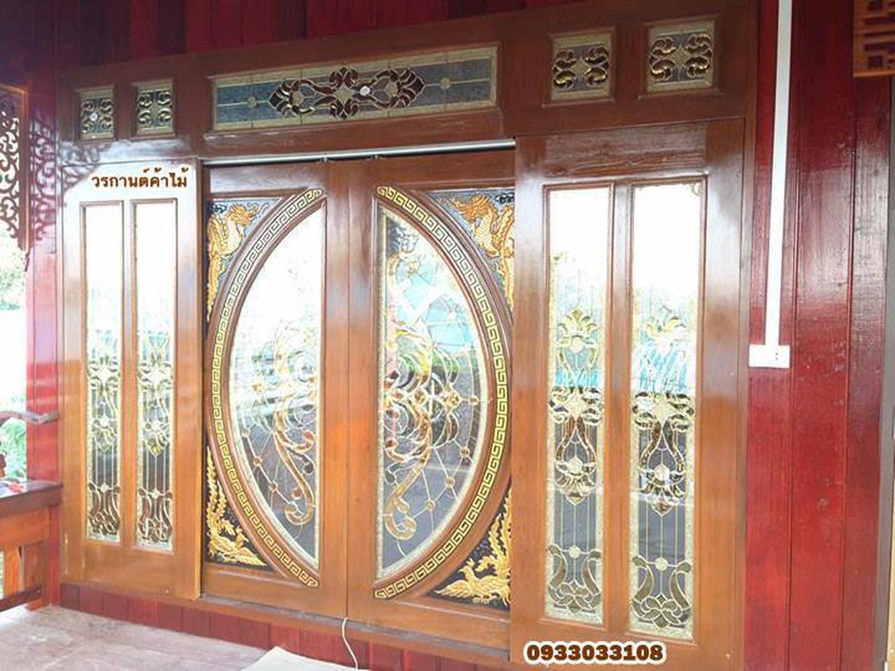 ประตูไม้สัก,ประตูไม้สักกระจกนิรภัย www.door-woodhome.com ร้านวรกานต์ค้าไม้ รูปที่ 6