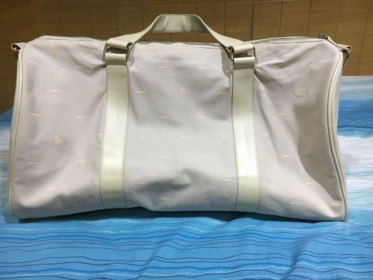 กระเป๋าถือ Grey Hound รูปที่ 2