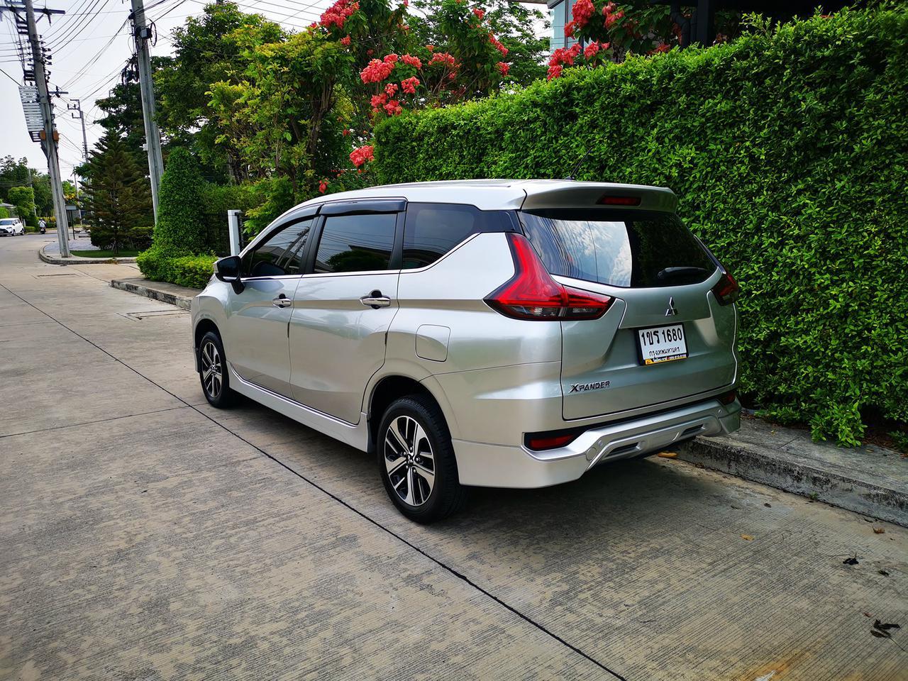 ขาย รถมือสอง สภาพป้ายแดง Mitsubishi Xpander รุ่นท๊อปสุด ไมล์แท้ 10,000 กม. เข้าศูนย์ตลอด รูปที่ 2