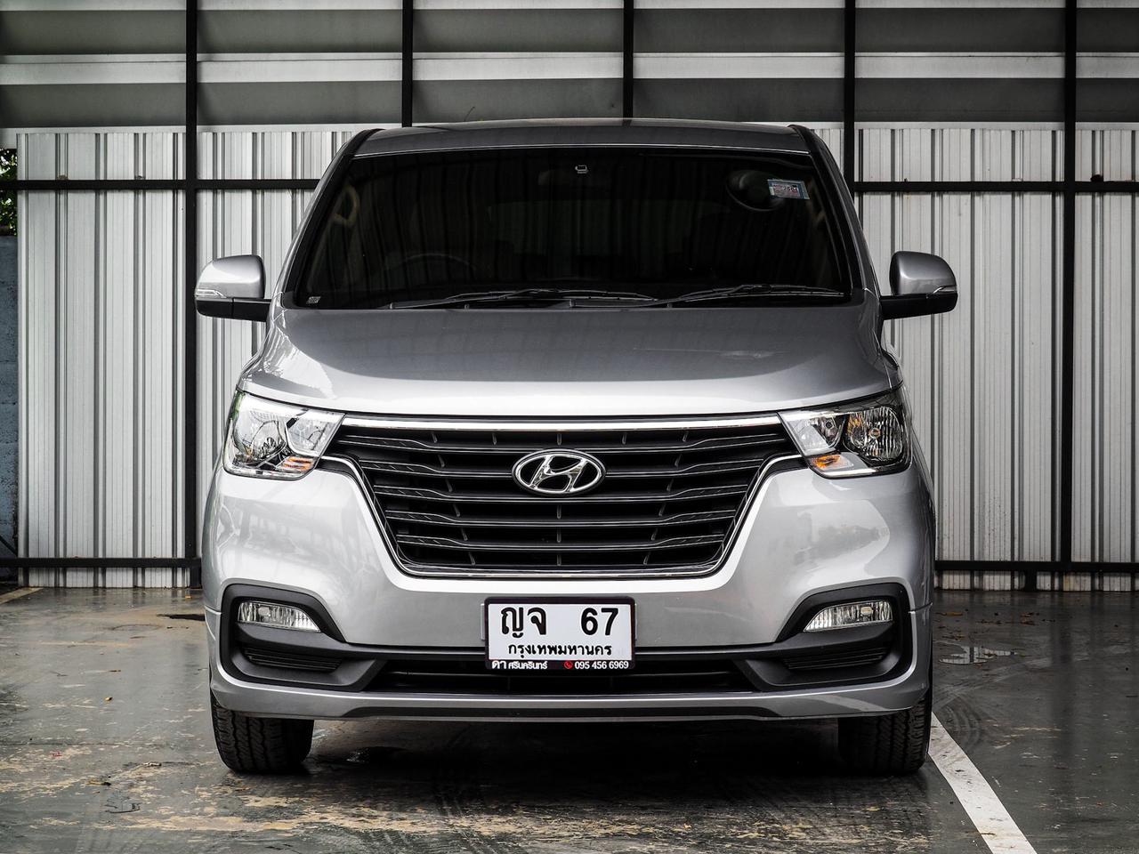 Hyundai H1 Touring โฉมปัจจุบัน ปี 2019 เลขไมล์ 30,000 กิโล รูปที่ 2