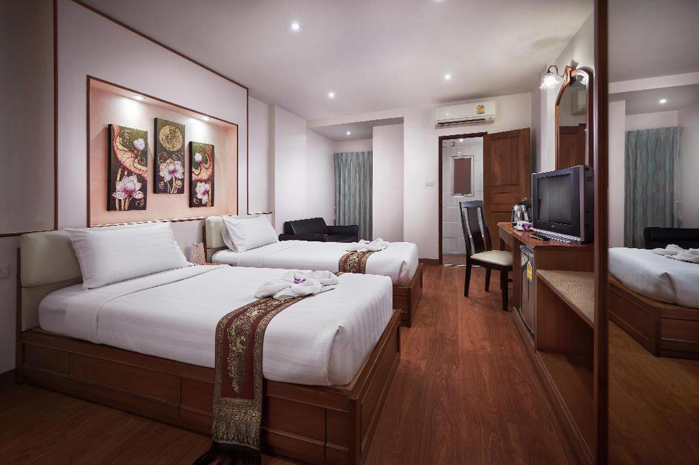 โรงแรมเคซี เพลส ประตูน้ำ (KC Place Hotel Pratunam) รูปที่ 2