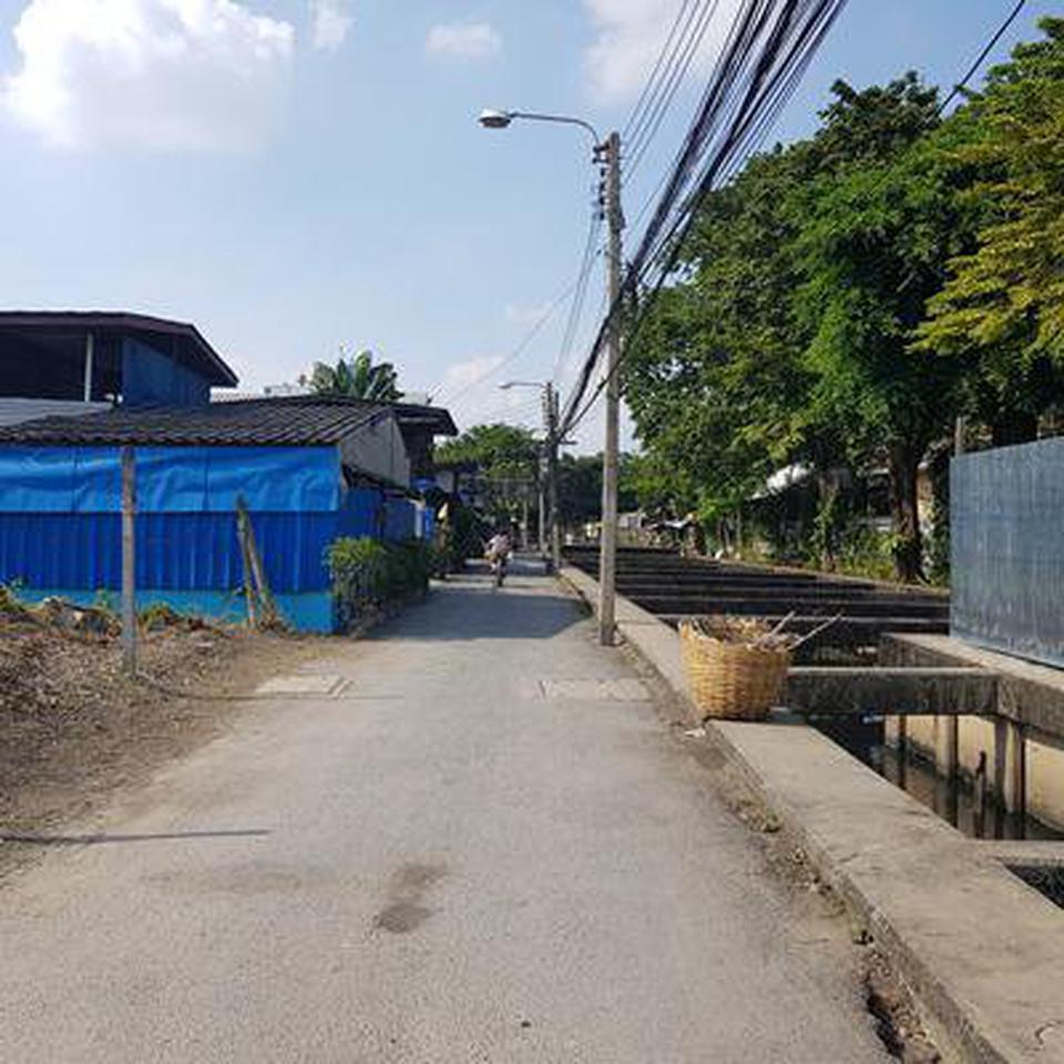 ขายที่ดินเปล่าถมแล้วในถนนสุขุมวิท กรุงเทพมหานคร รูปที่ 3
