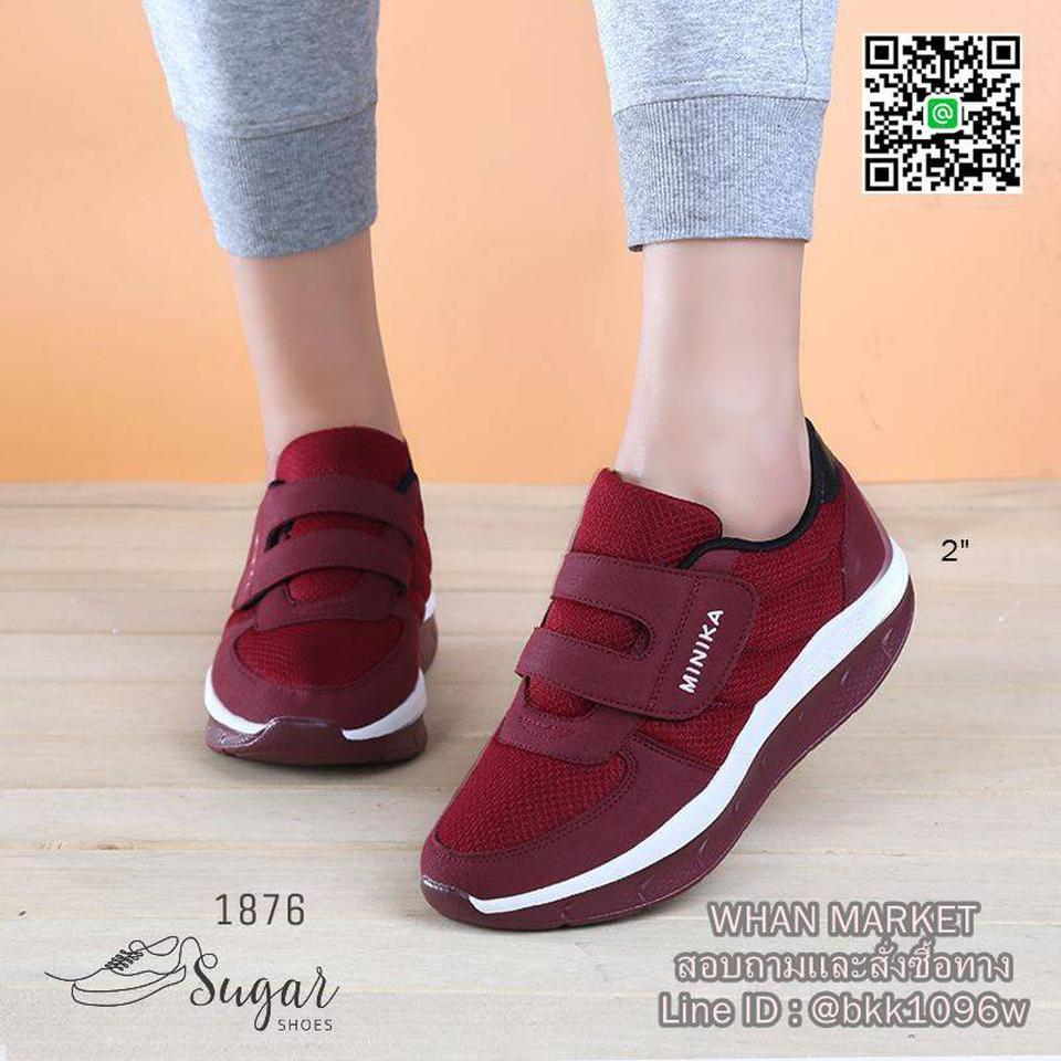 รองเท้าผ้าใบ ทำจากผ้าตาข่าย ตกแต่งขอบด้วยหนังกลับ มีเชือกผูก รูปที่ 5
