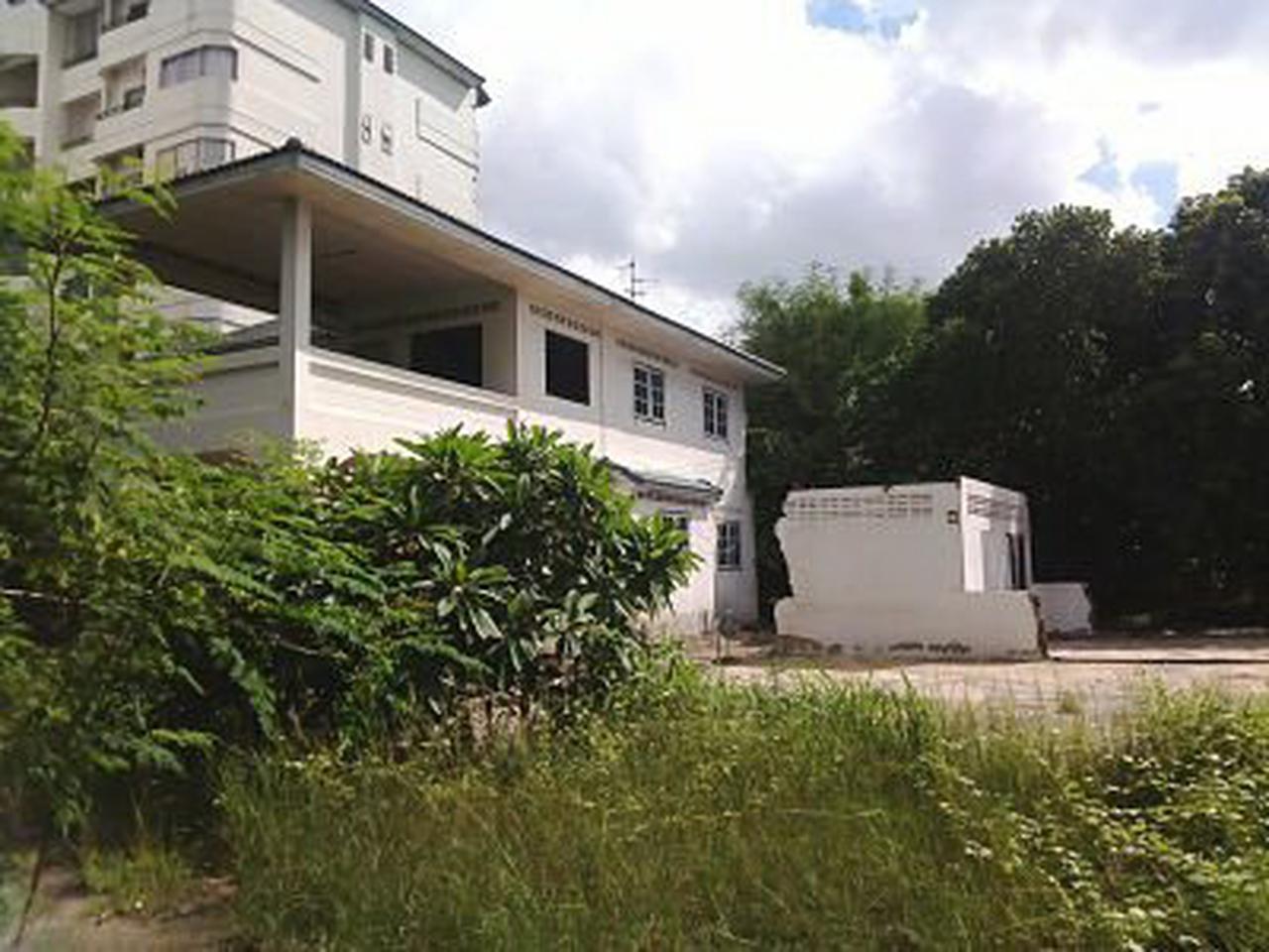 ขายที่ดินไร่กว่า อ่อนนุช/ Sale Land with old  house On-Nut R รูปที่ 2