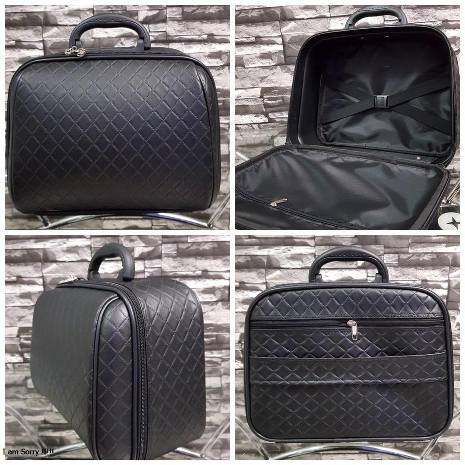 กระเป๋าเดินทางแบบ PVC 13 นิ้ว ลายชาแนลสีดำ รูปที่ 1