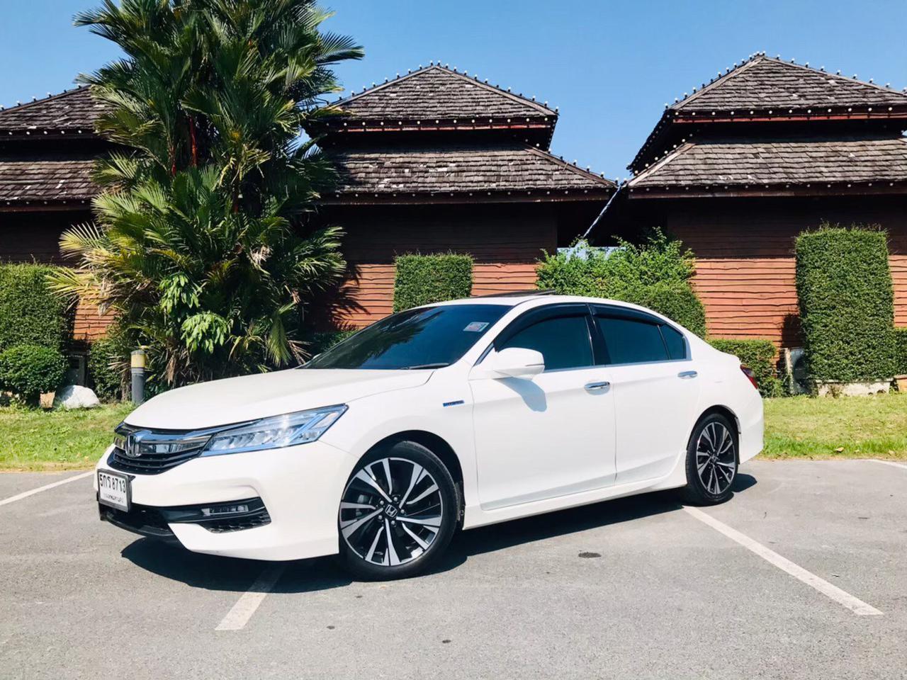 Honda accord 2.0 รูปที่ 2