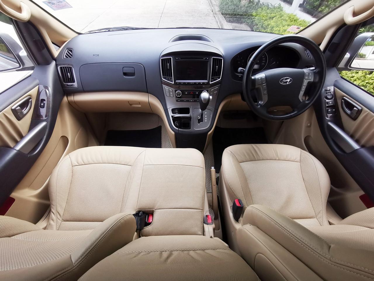 Hyundai H-1 2.5 Deluxe (ปี 2018) Van AT รูปที่ 6