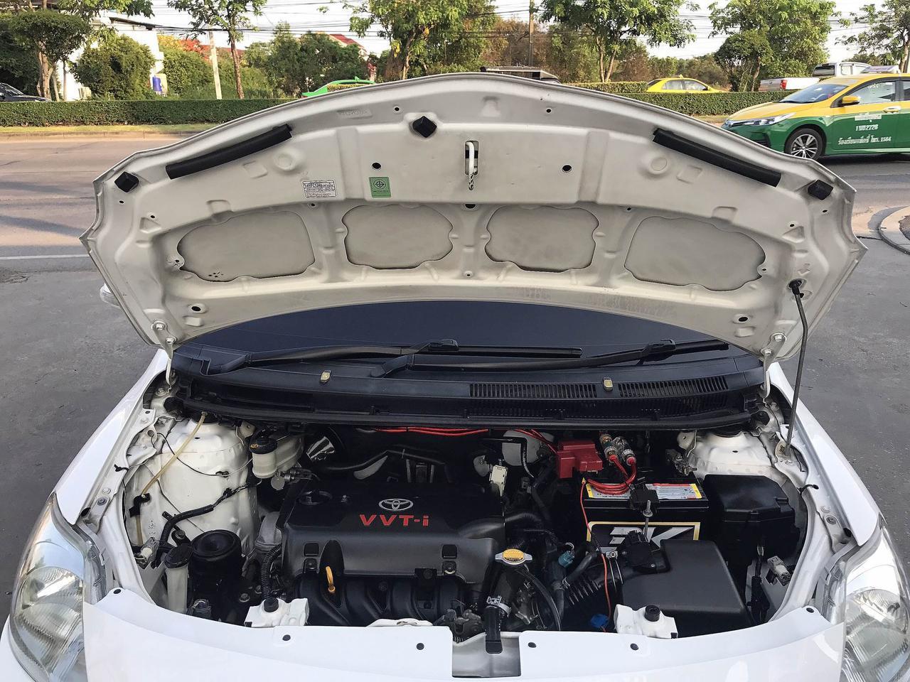 TOYOTA VIOS 1.5G Auto ปี2011 สีขาว รถบ้านมือเดียว รูปที่ 6