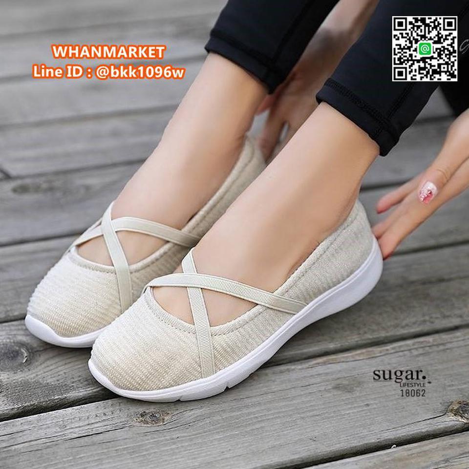 รองเท้าผ้าใบลำลอง ทำจากผ้าใบยืดหยุ่นได้ดี มีสายยางยืดรัดหน้า รูปที่ 2