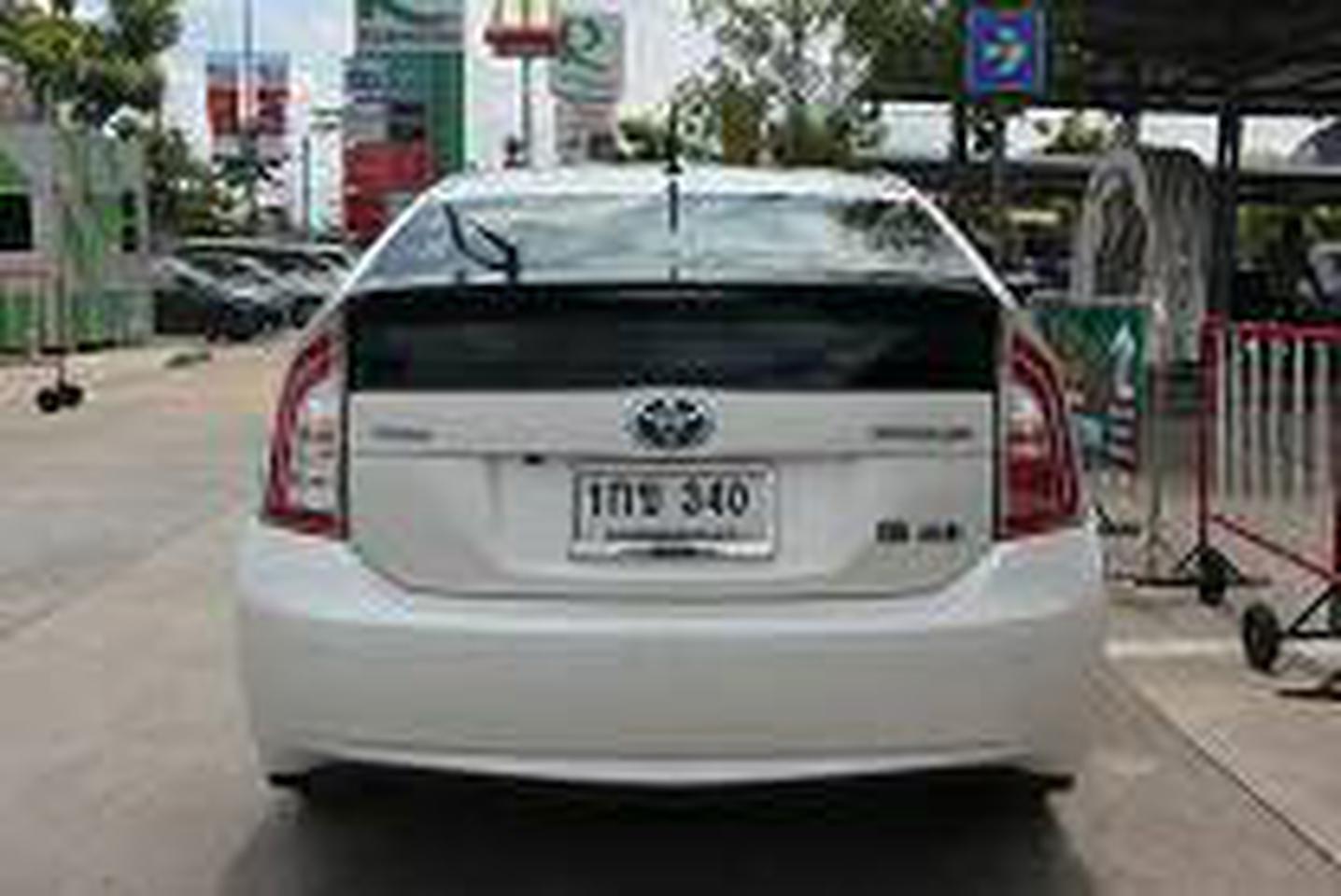 ขายรถเก๋ง โตโยต้า PUIUS อำเภอปากเกร็ด จังหวัดนนทบุรี รูปที่ 4