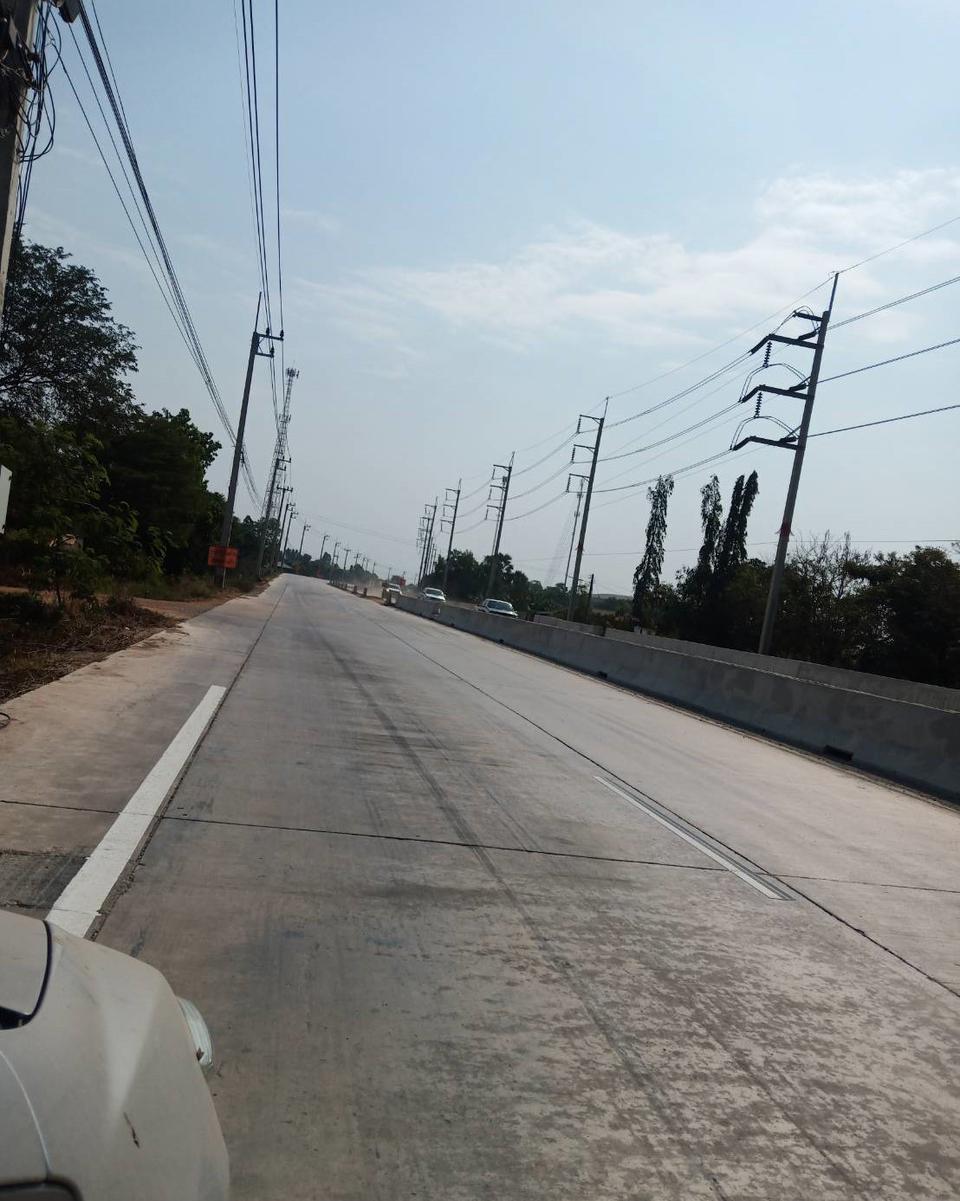 ขายที่ดิน 8 ไร่ ติดถนนใหญ่สายบ้านโพธิ์-แปลงยาว (3304) อ.บ้านโพธิ์ จ.ฉะเชิงเทรา รูปที่ 1
