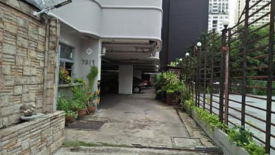 Condo 2 Room with Kitchen for rent Sukhumvit 15 รูปที่ 2