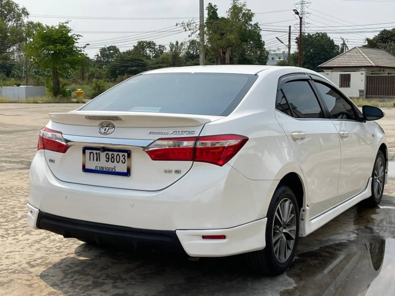 62 Toyota Altis 1.6 E (CNG) ปี 2014 สีขาว เกียร์ออโต้ รูปที่ 1