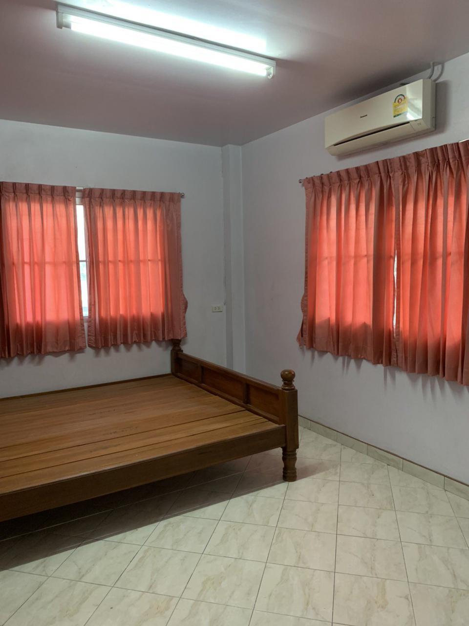 ให้เช่าบ้านเดี่ยว 2 ชั้นซอยนวลจันทร์ 4 ห้องนอน 2 ห้องน้ำ รูปที่ 4