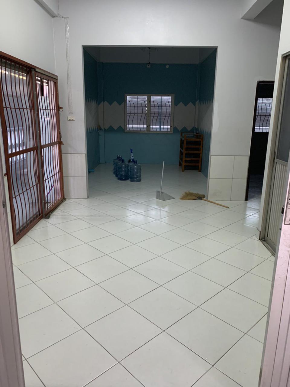 ให้เช่าบ้านเดี่ยว 2 ชั้นซอยนวลจันทร์ 4 ห้องนอน 2 ห้องน้ำ รูปที่ 2