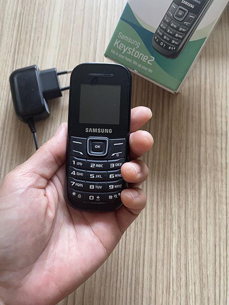 โทรศัพท์มือถือ Samsung keystone2 ซัมซุงฮีโร่เเบตอึดอยู่ได้5วัน มือสองสภาพดี ทนทาน เสียงชัด สัญญาณดี รูปที่ 2