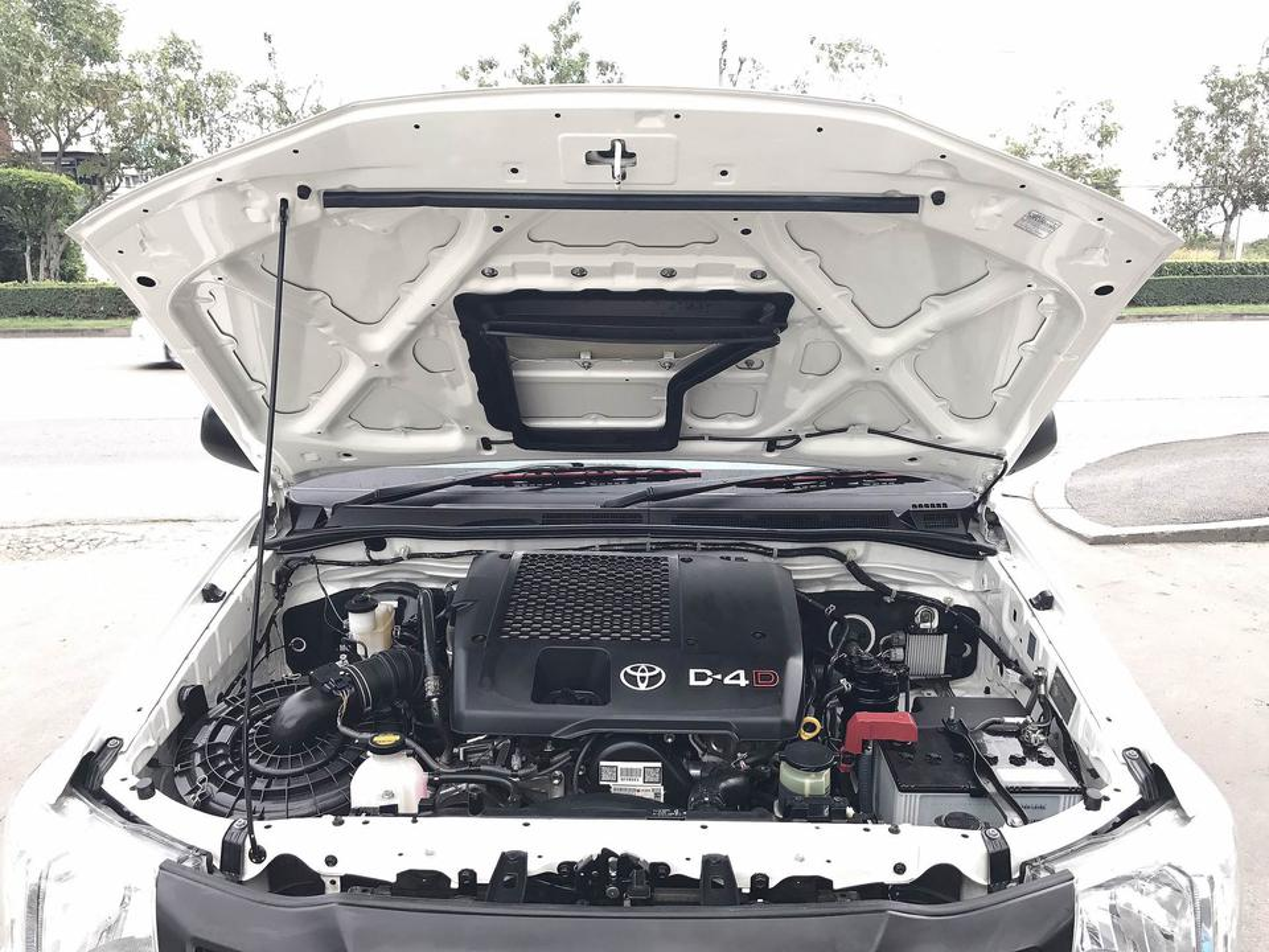 TOYOTA VIGO CHAMP 2.5 CAB J เกียร์ธรรมดา ปี2015 สวยจัดไม่มีชนมือเดียวรถบ้าน รูปที่ 6