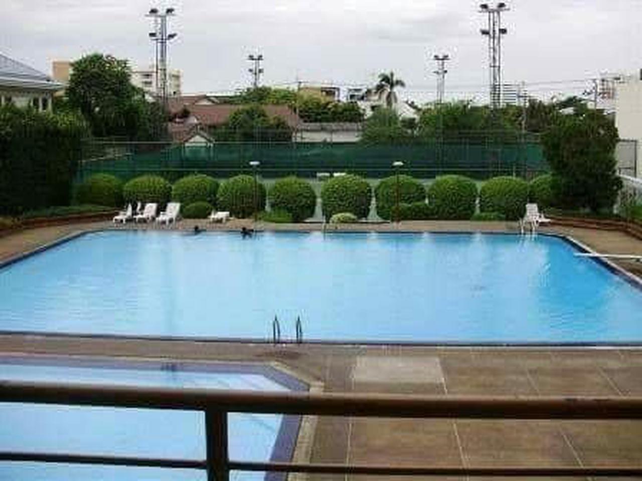 For rent  Tai Ping Towers Condominium รูปที่ 4