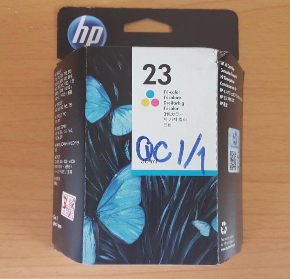 ตลับหมึกสี HP 23 Tri-color Ink Cartridge (C1823D) แท้ รูปที่ 2